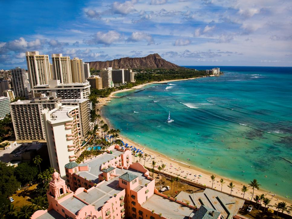 Hawaii 5 places to visit on your first visit